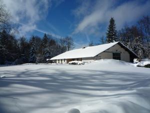 L'écurie sous la neige